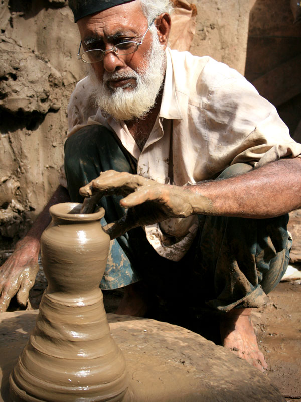 D Source Traditional Potters Clay Pottery D Source