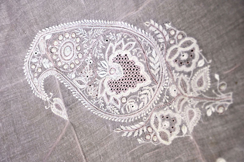 Dsource Design Gallery On Chikankari Embroidery Embroidery Work