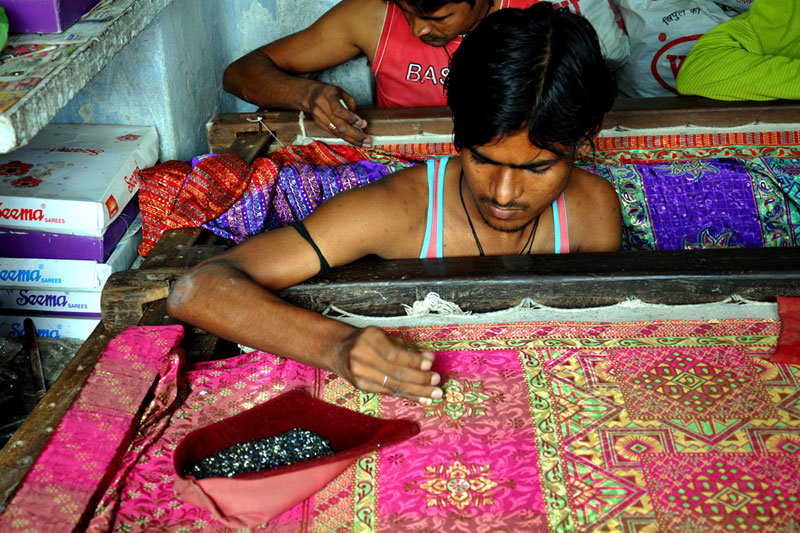 D source making process zardozi embroidery of allahabad