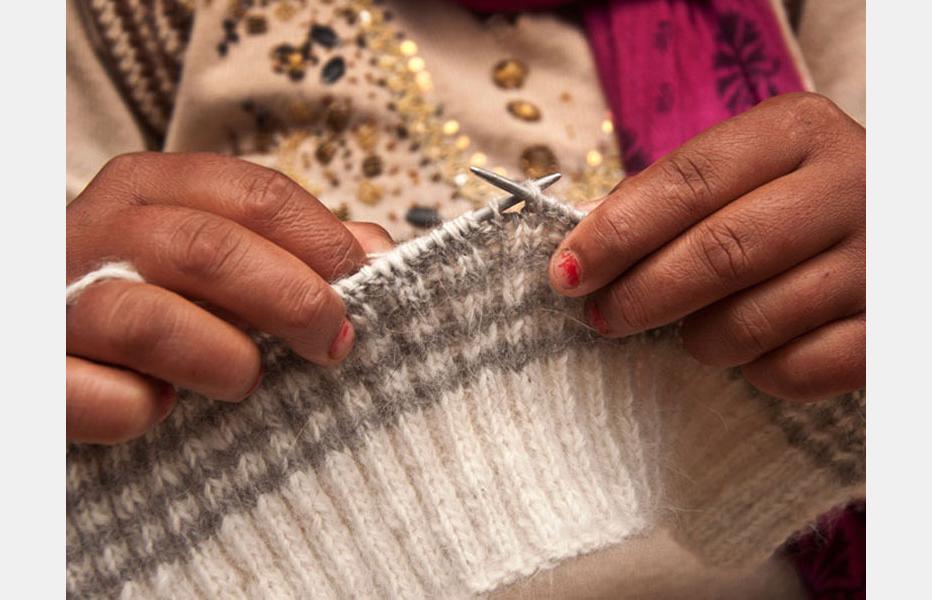 D'source Design Gallery on Angora Rabbit Wool Weaving - The